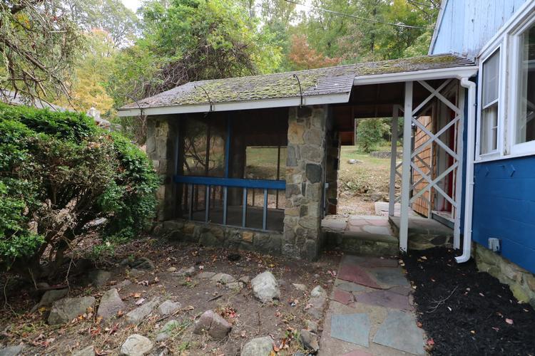 151 Glenside Trl, Sparta, New Jersey