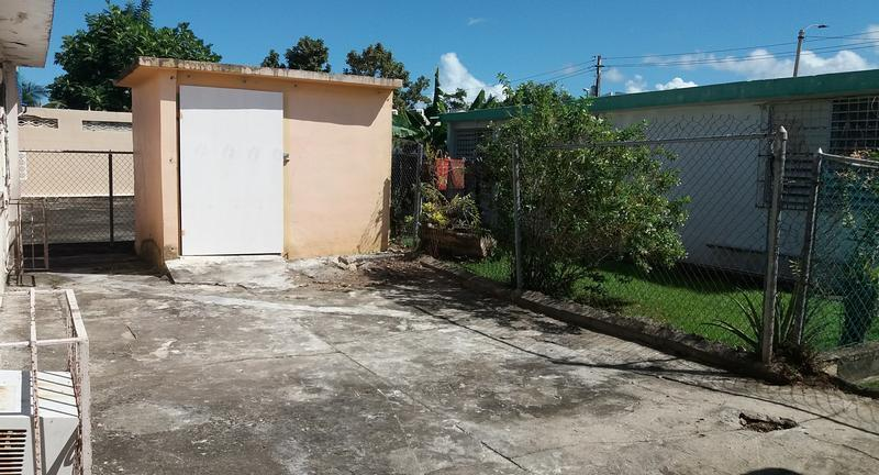 19433 527 St Villa Carolina, Carolina, Puerto Rico