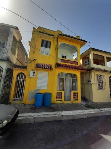 Calle Flores 5 Bo Lirios, Trujillo Alto, Puerto Rico