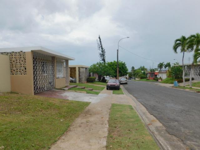 P36 Calle Dinuba Santa Juanita Dev, Bayamon, Puerto Rico