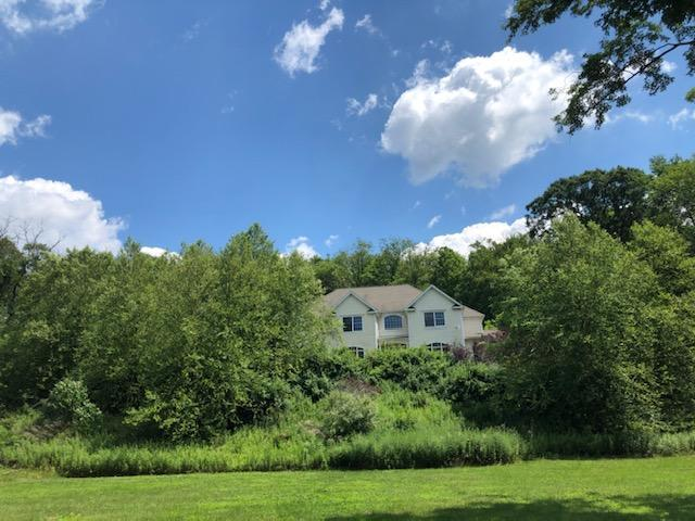 53 Game Farm Rd, Pawling, New York