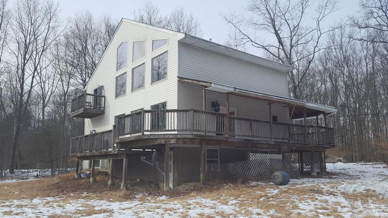 453 Grahamtown Rd, Middletown, New York