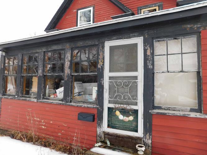 32 Libby Street, Lincoln, Maine