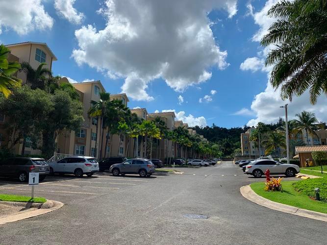 Cond Altos Del Escorial Apt 1330, Carolina, Puerto Rico