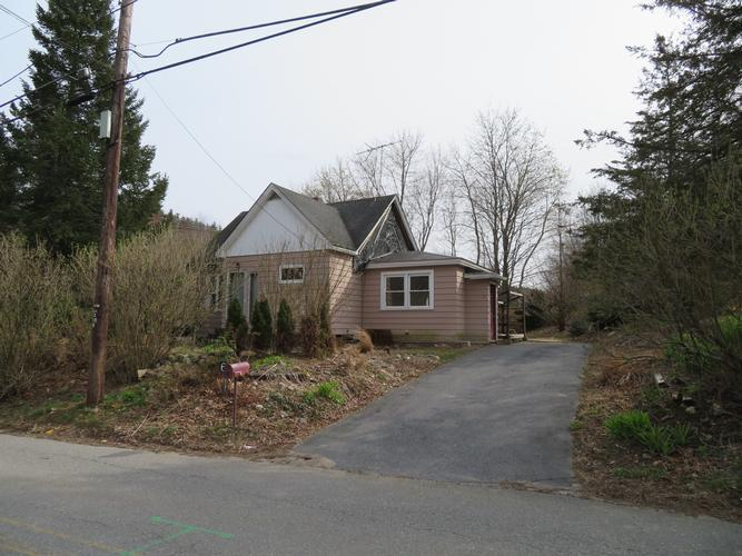 6 Catacunemaug Road, Shirley, Massachusetts