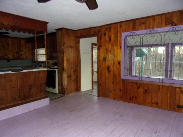 401 Hague Rd, Dummerston, Vermont
