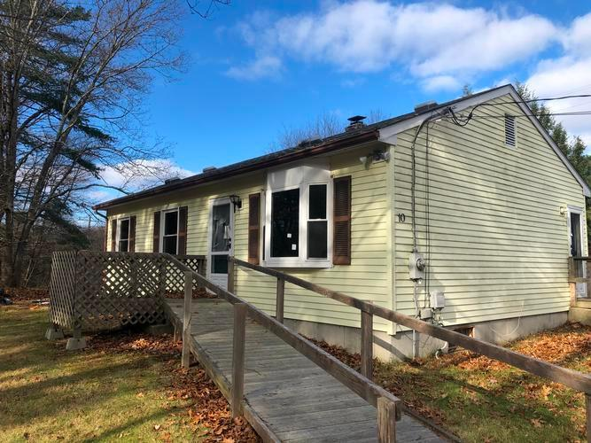 10 Marcy Ln, North Grosvenordale, Connecticut