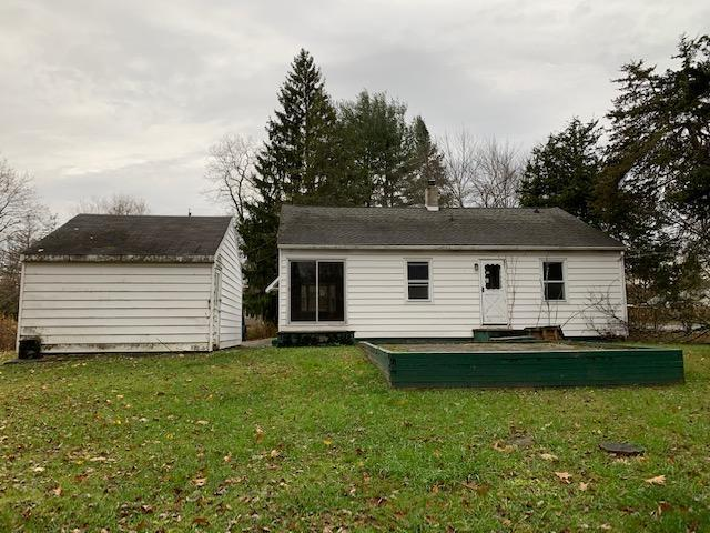 16 Sycamore Dr, Hyde Park, New York