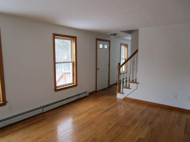 60 Meadowbrook Dr, Waterboro, Maine