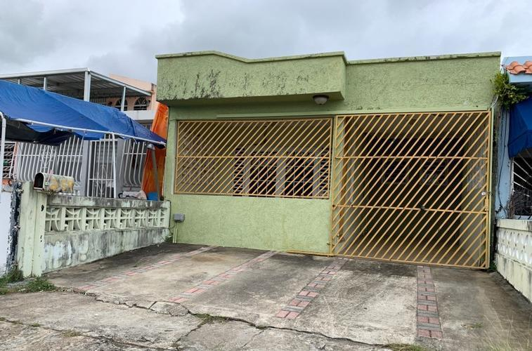 Urb La Marina 259 Calle Austral, Carolina, Puerto Rico