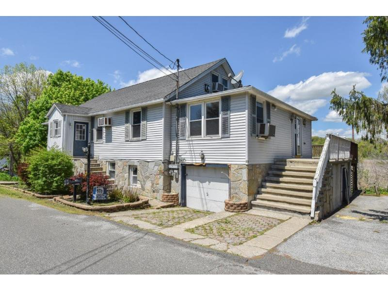 7 Berry Rd, Sussex, New Jersey