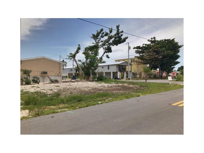 252 Sands Rd, Big Pine Key, Florida