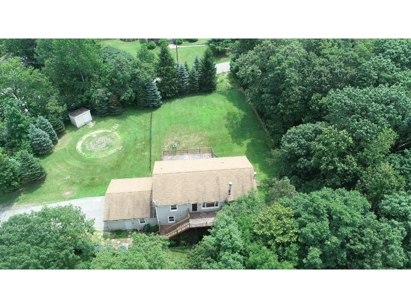 8 Post Hill Drive, Highland Lakes, New Jersey
