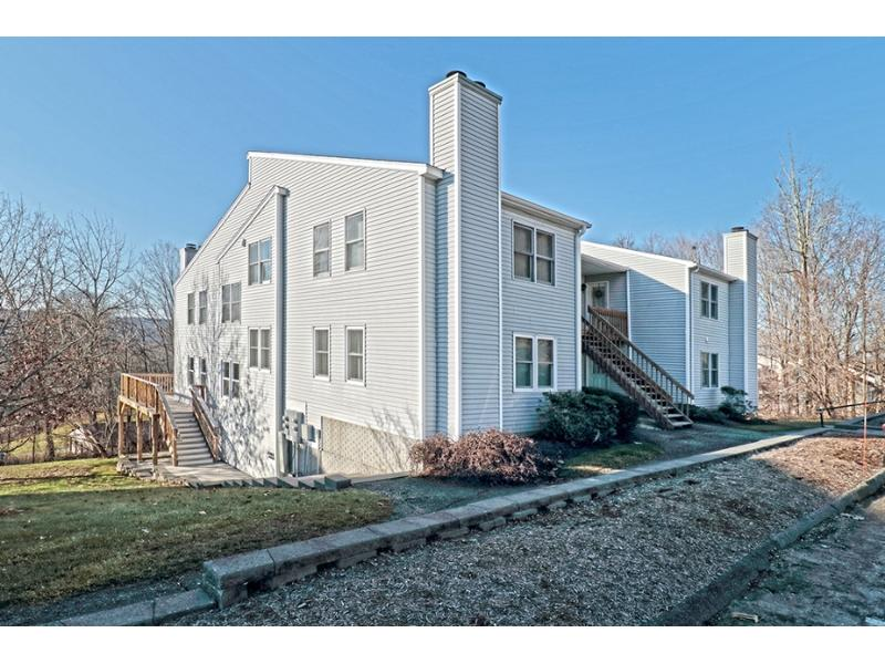 37 Upper Valley Dr, New Milford, Connecticut