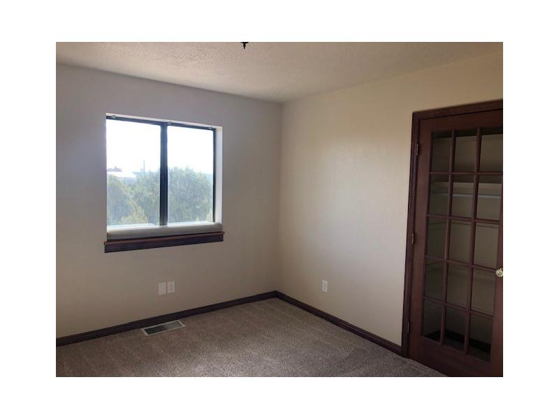 6800 Halls Way, Farmington, New Mexico