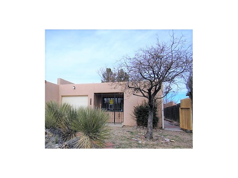 6027 Redlands Rd Nw, Albuquerque, New Mexico