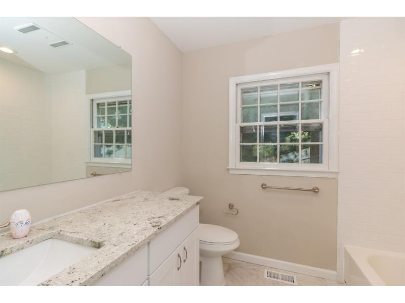 570 Coles Mill Rd, Haddonfield, New Jersey