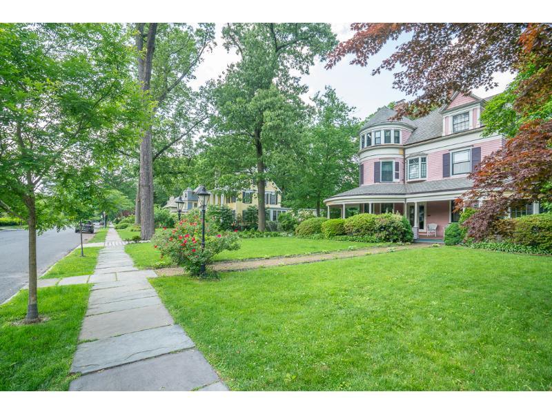 15 Pierson Pl, Glen Ridge, New Jersey