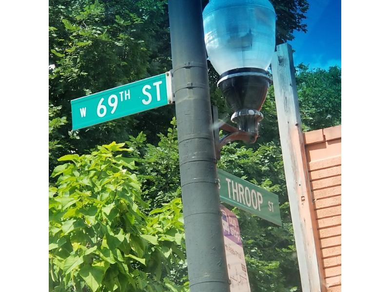 6916 S Throop St, Chicago, Illinois