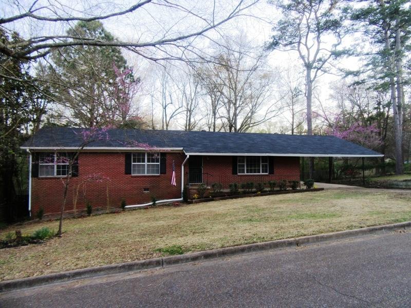 806 Chickasaw Dr, Grenada, Mississippi