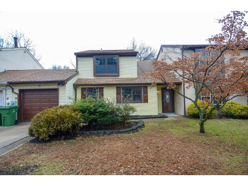 303 Westerly Dr, Marlton, New Jersey