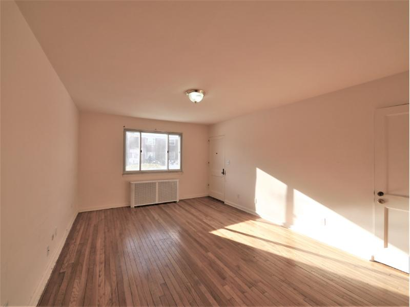 145 E Clinton Ave Apt 10a, Bergenfield, New Jersey