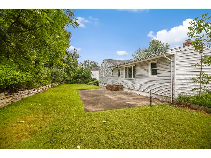 44 Wychwood Rd, Livingston, New Jersey