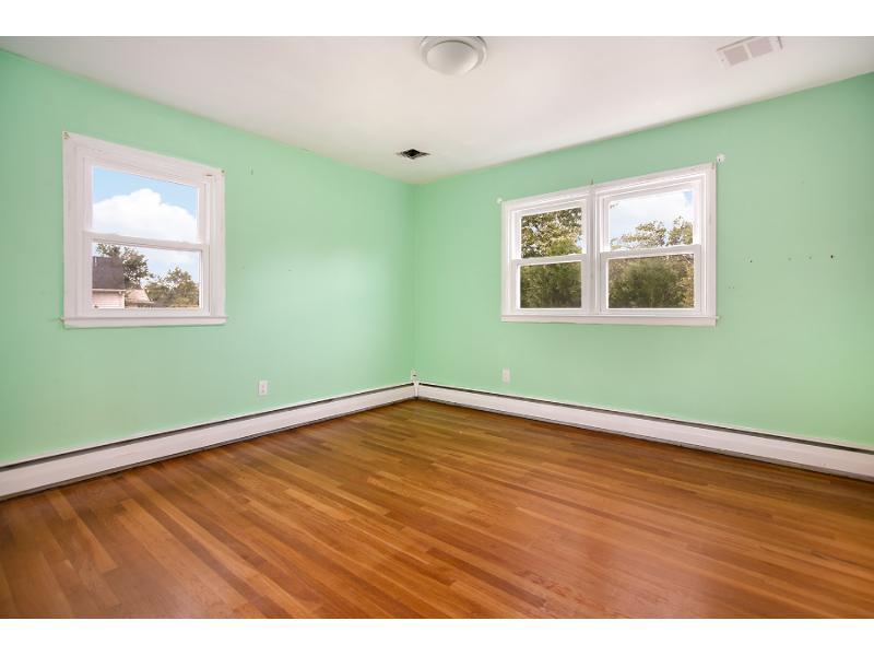 44 Wychwood Rd, Livingston, New Jersey