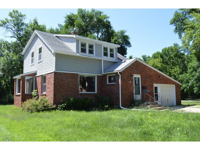 316 North Taylor Avenue, Mason City, Iowa