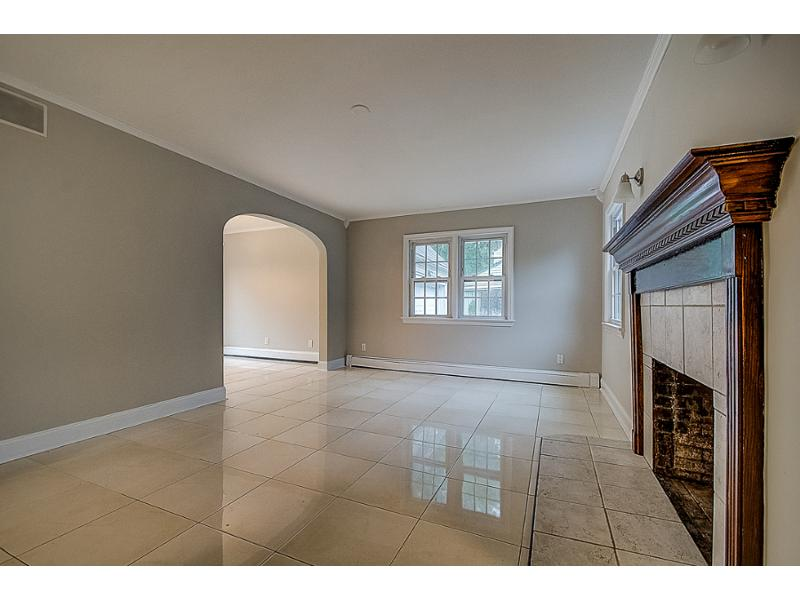 221 Delacy Dr, Plainfield, New Jersey