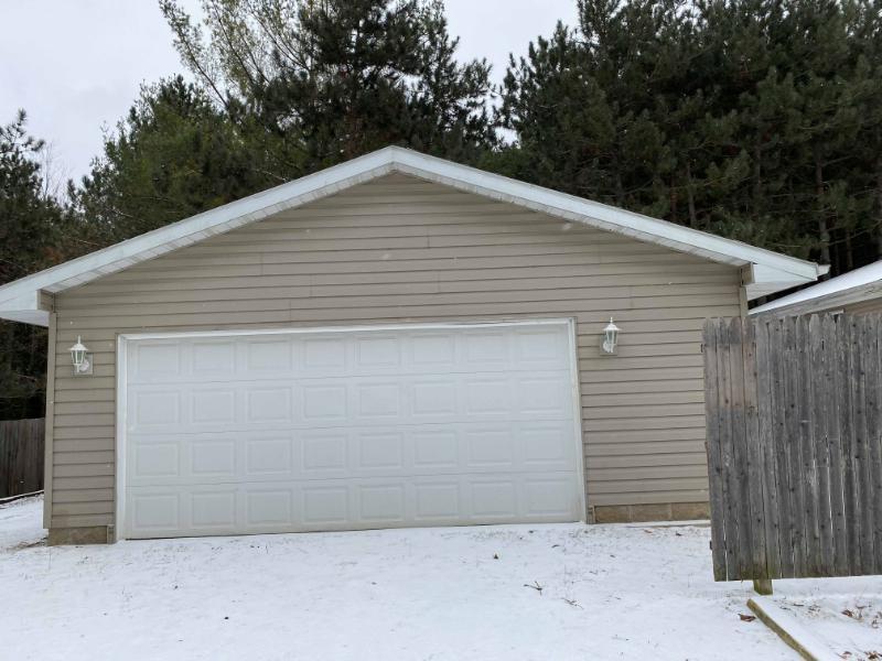 745 Krueger Ave, Oconto, Wisconsin