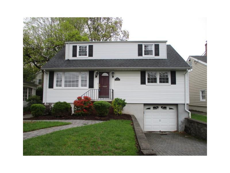 50 Wood St, Hasbrouck Heights, New Jersey