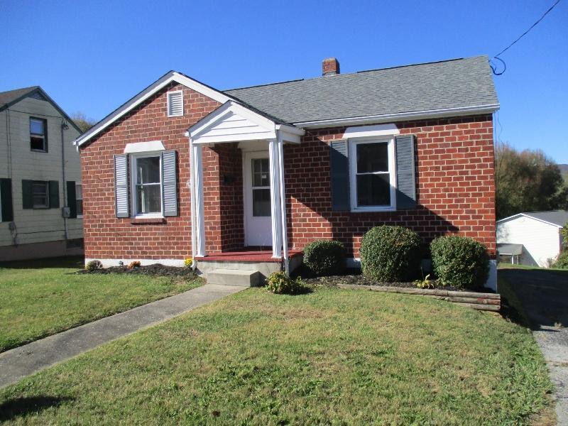329w Coyner Ave, Marion, Virginia