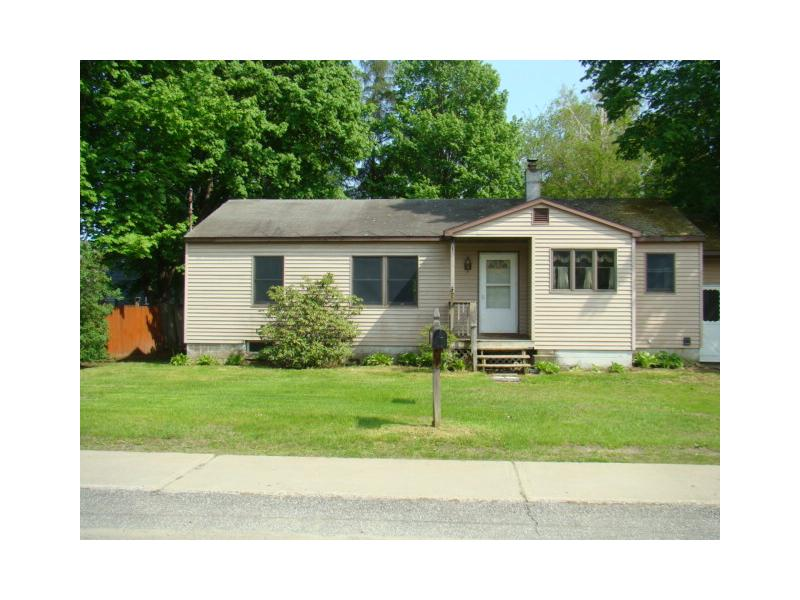 3 Hackensack Ave, Warrensburg, New York