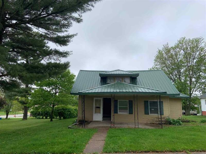 408 Jackson Street, Colesburg, Iowa