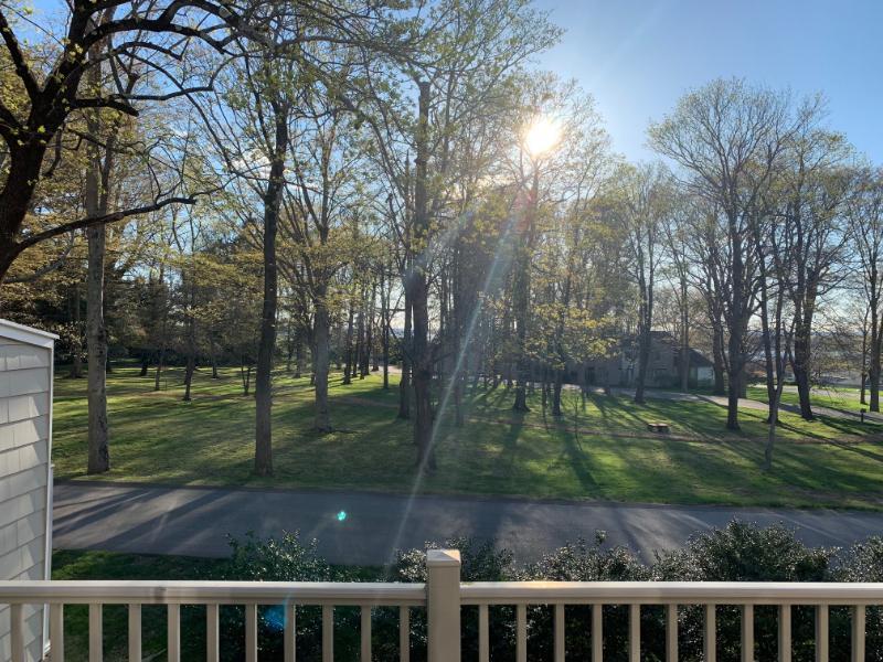 527 High Meadow Court, Bristol, Rhode Island