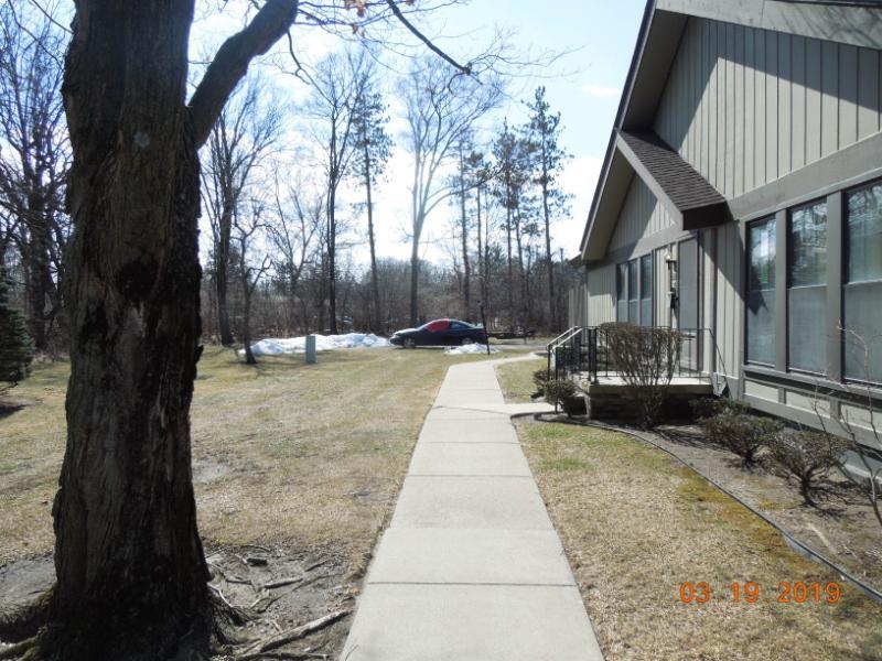 25007 Oakbrooke Dr Unit 123, Southfield, Michigan