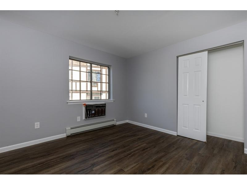 2101 Hawthorne Ln, Mahwah, New Jersey