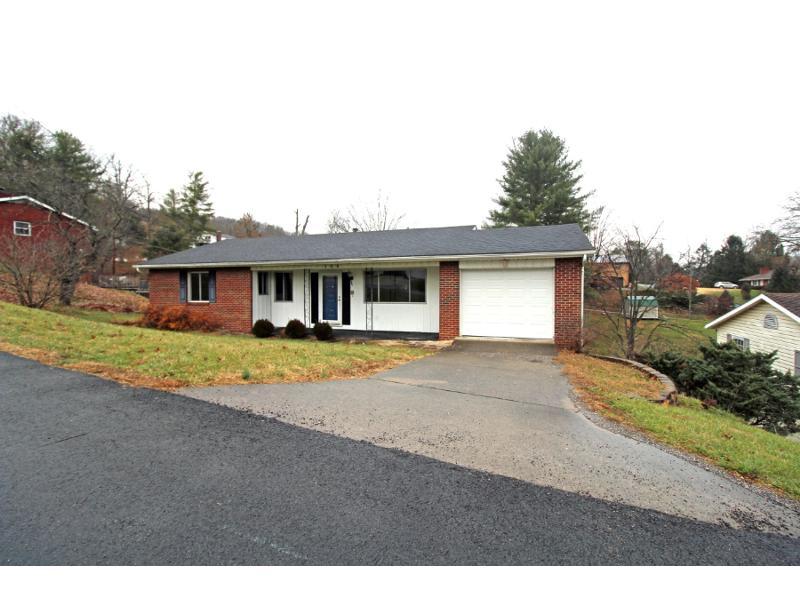 109 Westwood Ln, Huntington, West Virginia