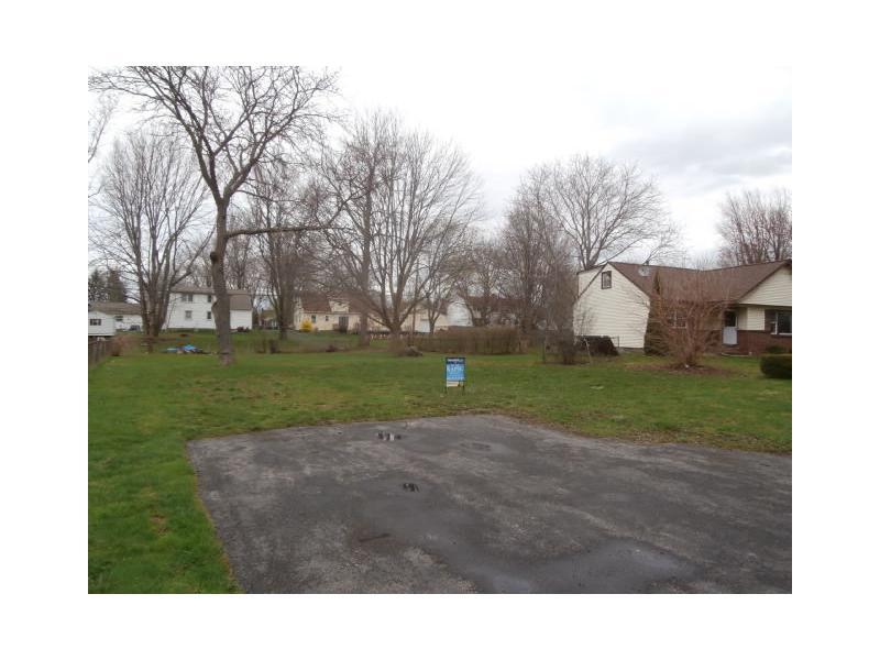 6 Ainsworth Ln, Rochester, New York