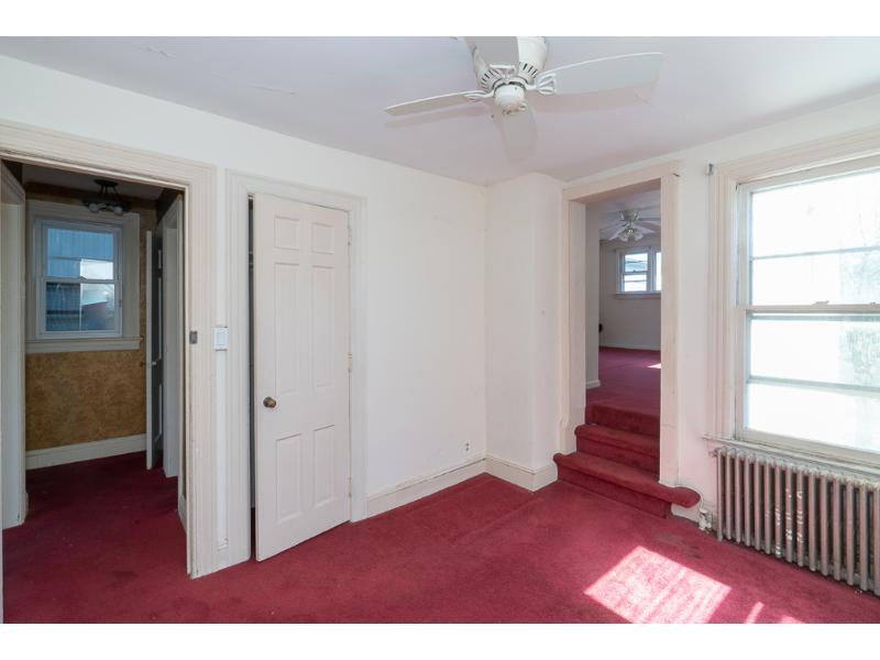 23 E 42nd St, Bayonne, New Jersey