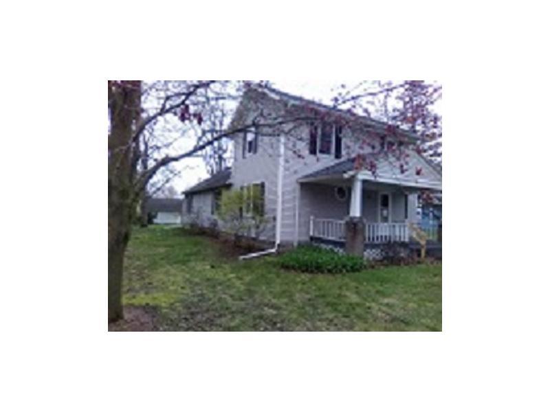 405 N Adrian Street, Lyons, Ohio