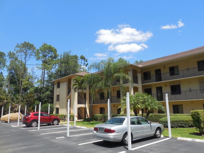5767 Deauville Cir Apt D202, Naples, Florida