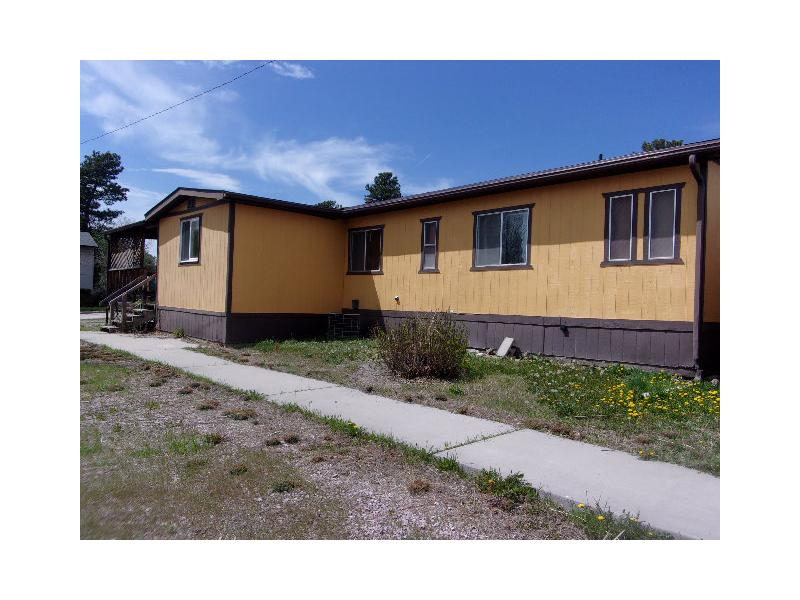 141 7th Ave, Newcastle, Wyoming