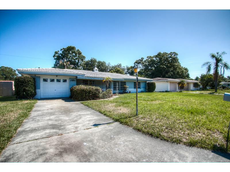 1458 Woodbine St, Clearwater, Florida