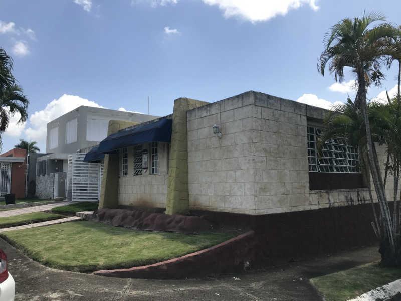 U1 3a St Versalles, Bayamon, Puerto Rico