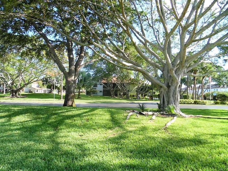 3375 Perimeter Drive 1114, Greenacres, Florida