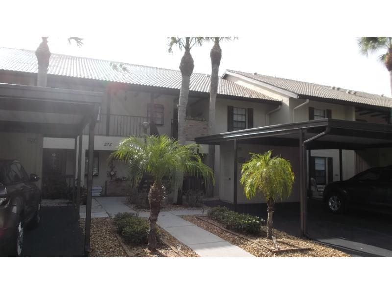 275 Mission Trail W Apt E, Venice, Florida