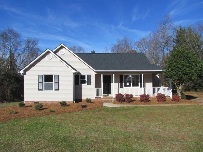 136 Robert Daniel Place, Lyman, South Carolina