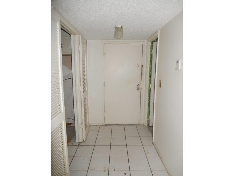 4154 Inverrary Drive 405, Lauderhill, Florida